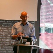 "Stefan Cink beim Workshop unter dem Titel ""Catch me if you can"""
